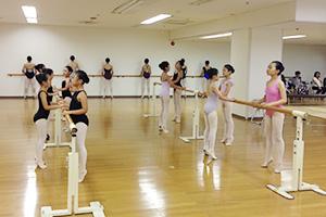 バレエスタジオモモ教室日光スタジオ-バレエイメージ1