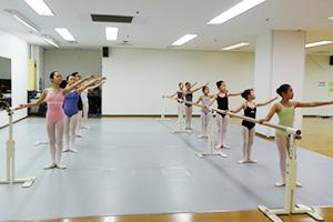 バレエスタジオモモ教室日光スタジオ-バレエイメージ2